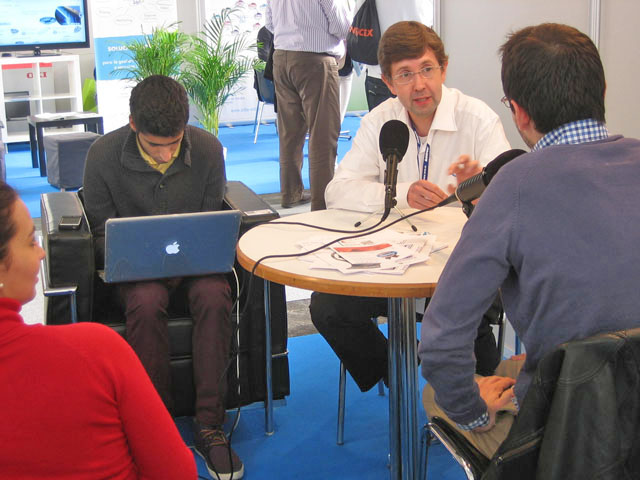 """Antoni Biada de Einnova respondiendo las preguntas sobre posicionamiento en buscadores del programa """"Es nuestro momento"""""""